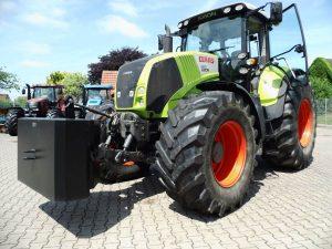 ciągniki, ciągniki rolnicze, traktory rolnicze